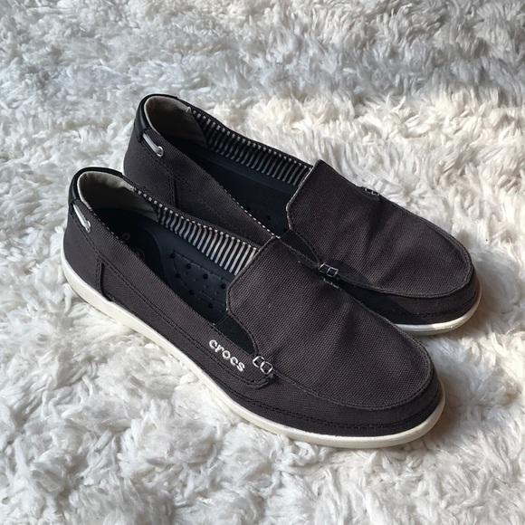 f9b5e5806 CROCS Shoes - Crocs Women s Walu Canvas Loafer